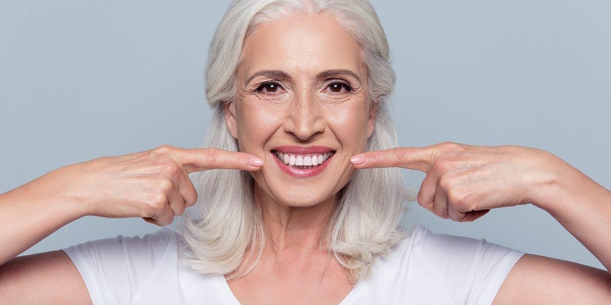 Chirurgia dentale in caso di edentulia